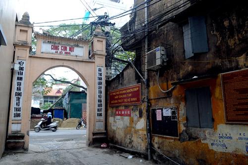 Thuy Khue - Lang Buoi