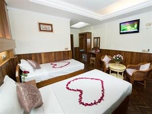Khach san The Hotel Emperor 4